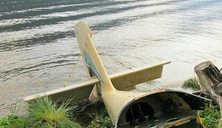 В озере на Алтае всплыли обломки самолёта, разбившегося 14 лет назад