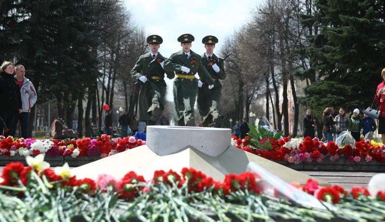 Имена погибших земляков увидят на городских экранах жители Кемерово