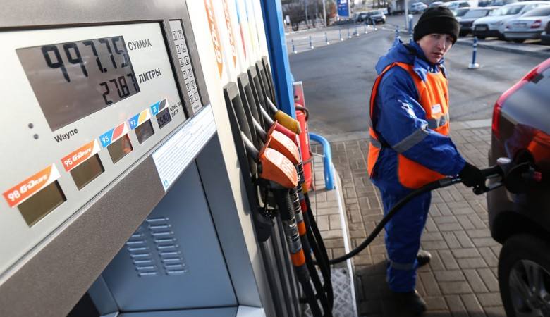 Бензин в Новосибирске с начала года подорожал на 1,4%
