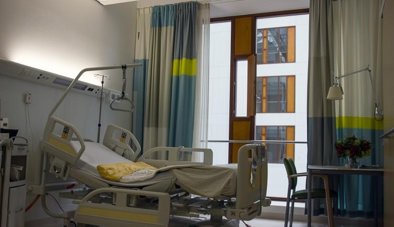 Около 60 человек госпитализированы после массового отравления в школах Красноярска
