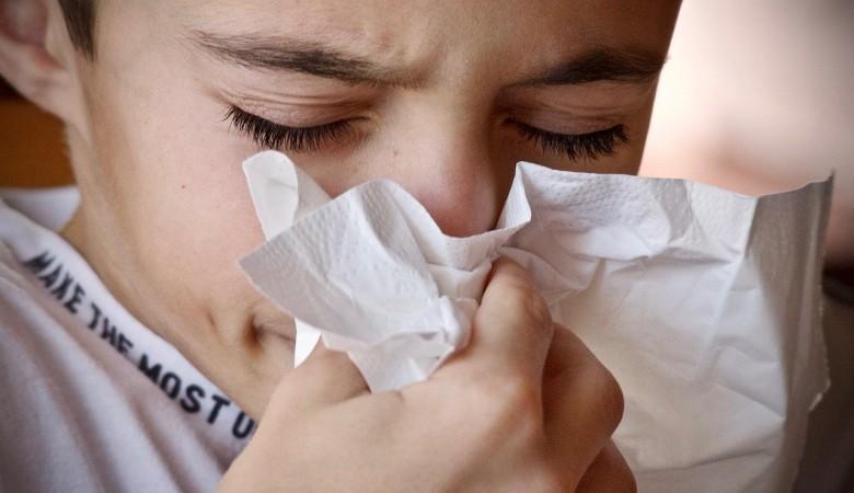 Контакт с ранее заболевшими стал причиной 16 новых случаев COVID-19 в Республике Алтай