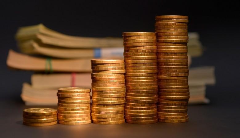 Просроченные долги россиян перед МФО выросли до рекордных 40 млрд руб
