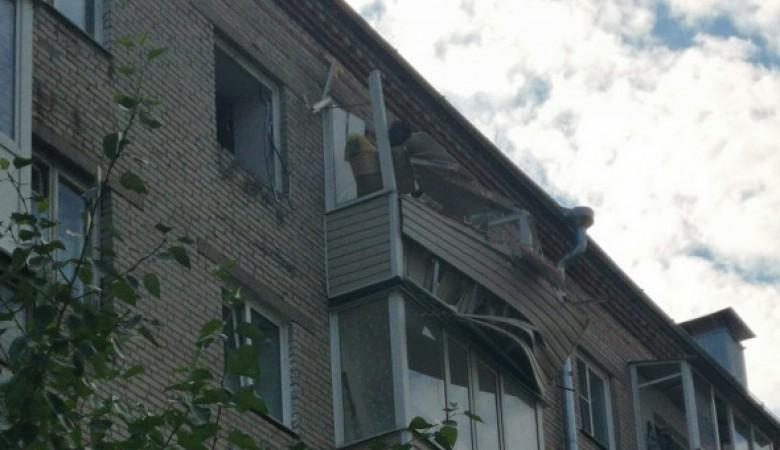 Пострадавшую при взрыве в Барнауле девочку отпустили домой, женщина в тяжелом состоянии