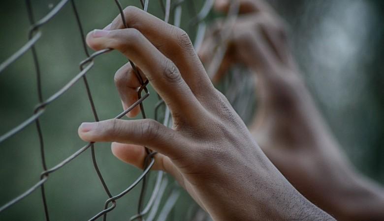 Осужденный за убийство сбежал из колонии-поселения в Красноярском крае