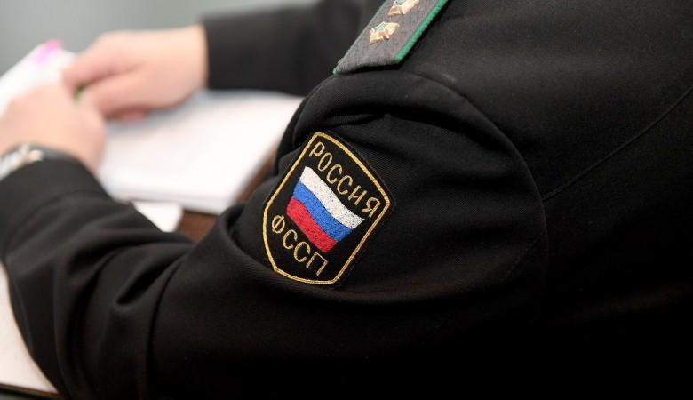 Житель Назарово продавал несуществующие смартфоны под видом судебного пристава