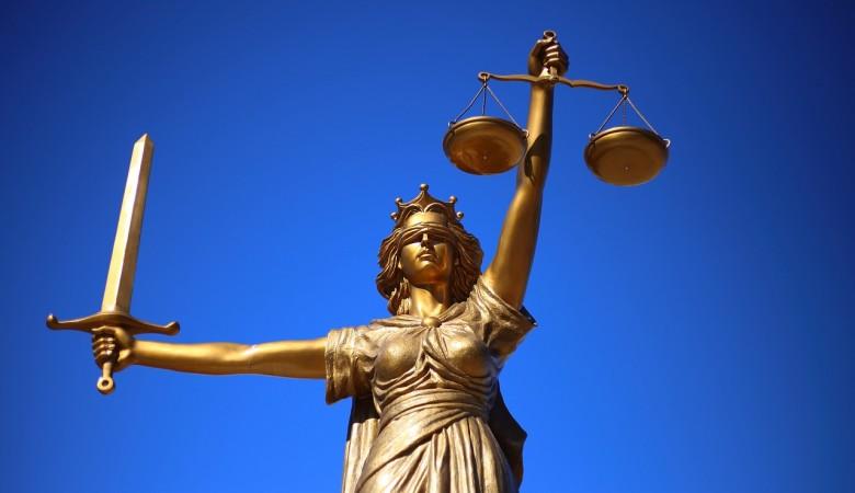Новосибирский суд вернул экс-главу филиала ВТБ  в колонию