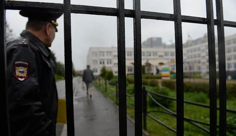 Никонов: Школам РФ недостает бюджетных средств на безопасность