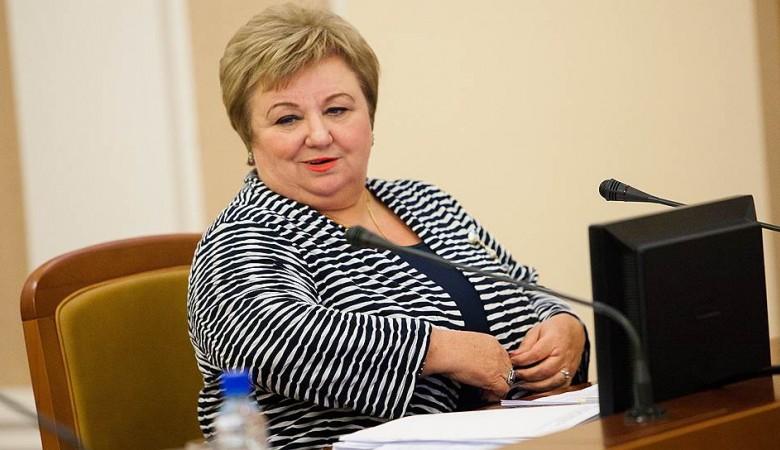 Министр финансов Омской области попалась на миллиарде