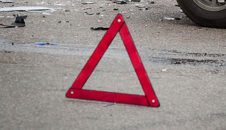 Трое погибли, четверо пострадали при столкновении автобуса и грузовика под Томском