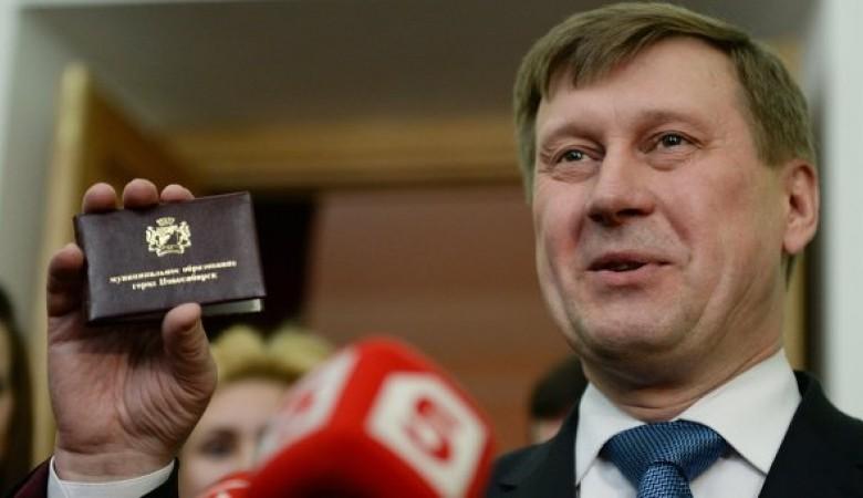 Число сроков работы мэра Новосибирска необходимо ограничить, считает Локоть