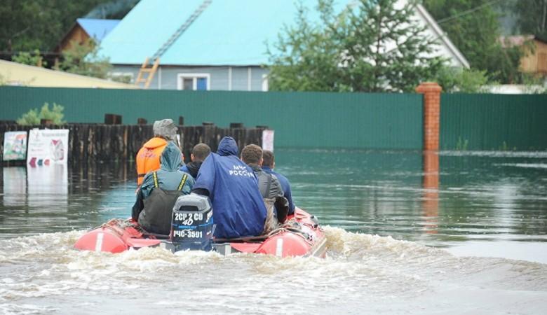 В Хакасии река Абакан выходит из берегов, началась эвакуация