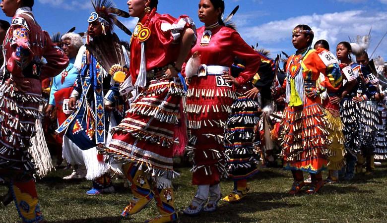 Делегация алтайского вуза встретилась с вождями американских индейцев