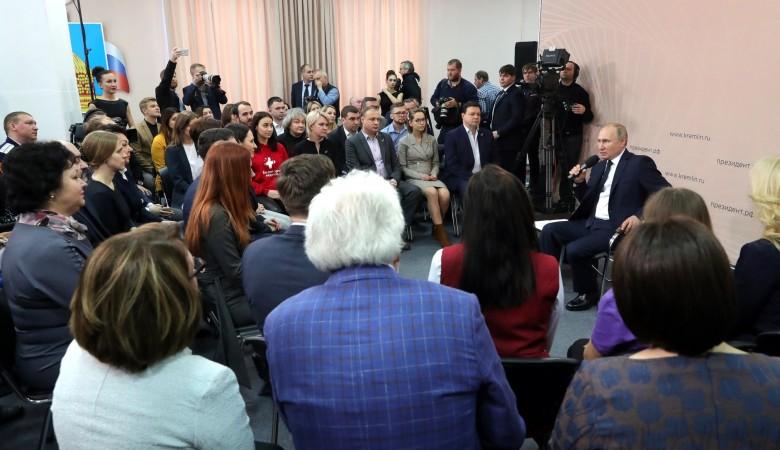 Путин рассказал, когда россияне смогут воспользоваться материнским капиталом на первенца