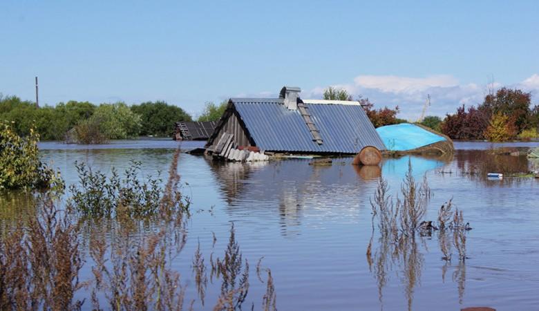 В иркутском Тулуне 25 домов все еще находятся в воде – МЧС