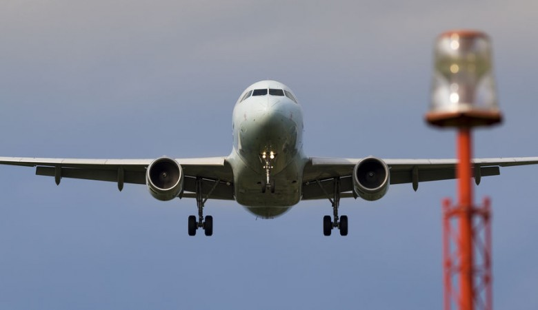 Boeing совершил аварийную посадку в Новосибирске