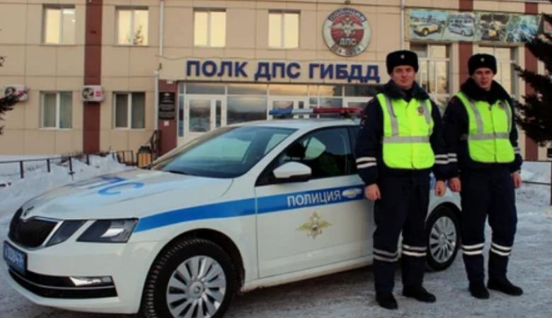 Лейтенанты полиции спасли женщину от агрессивной собаки в Красноярске