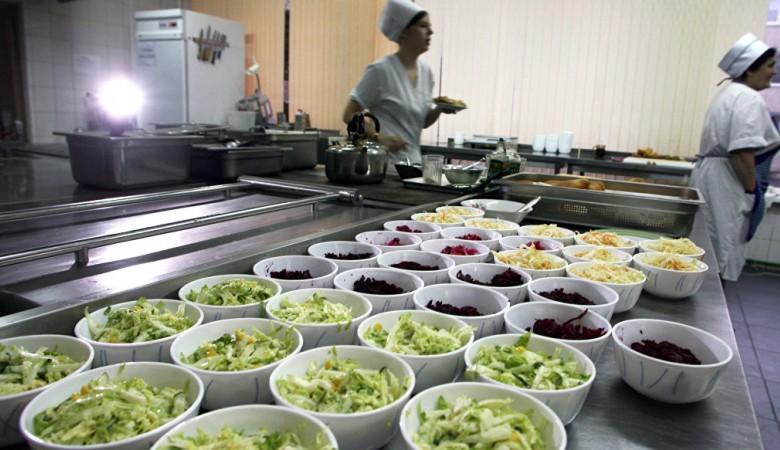В Кузбассе не нашли подтверждений тому, что дети падают в голодные обмороки в школах