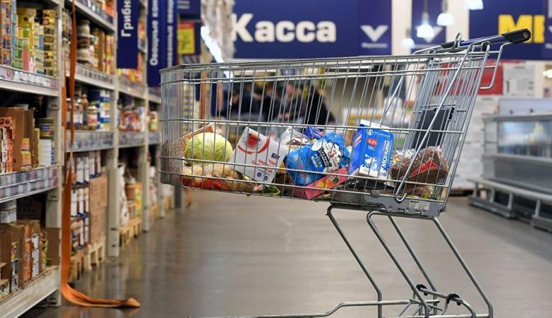 В Госдуме предложили Минздраву и Минпромторгу постепенно запретить в РФ продукты с трансжирами