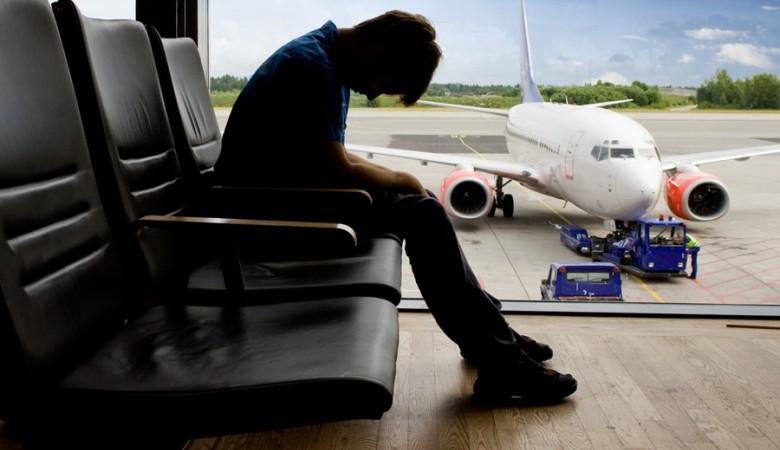 Поток российских туристов, выезжающих за границу, упал на треть
