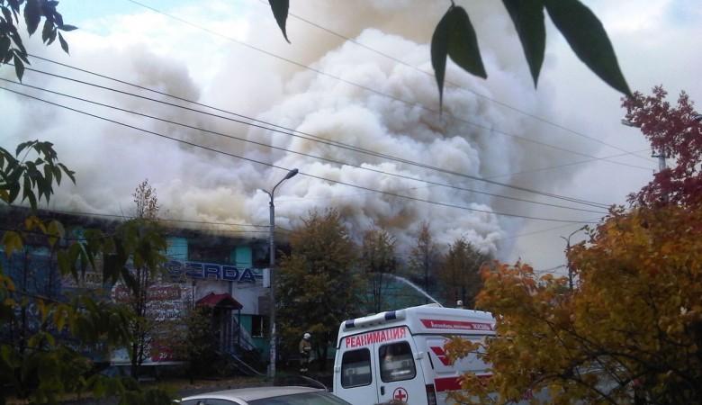 Крупный пожар в здании завода «Электросигнал» произошёл в Новосибирске
