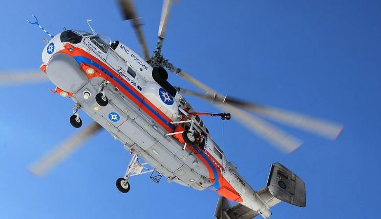 Из-за тумана спасательный вертолет не может вытащить туристов, заблокированных в горах Алтая