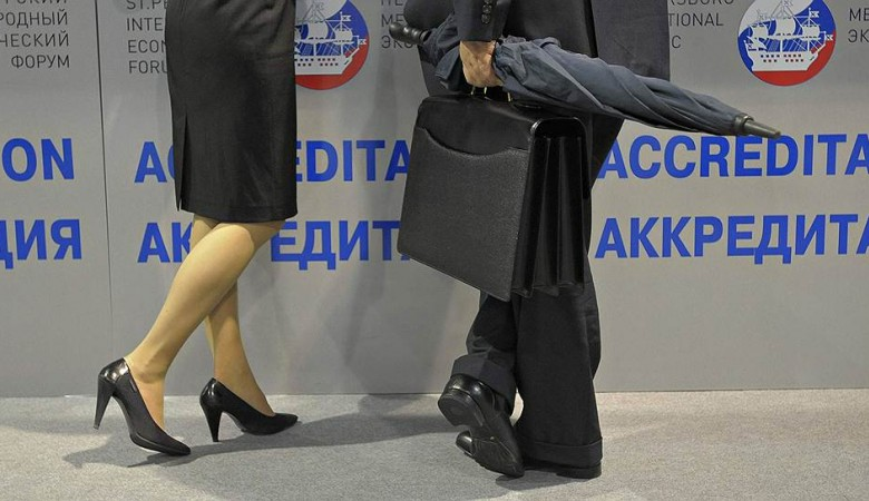 Домохозяйка из ЛДПР, выигравшая выборы у ЕР в иркутском Усть-Илимске, вступает в должность мэра