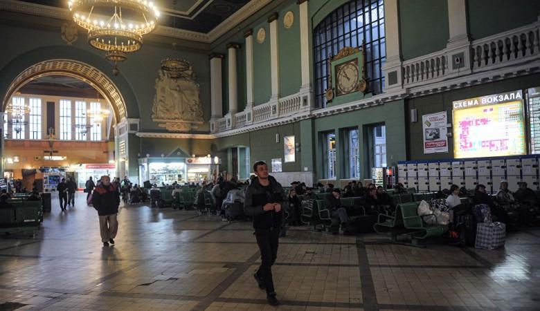 Руководители вокзала Томск-1 задержаны по подозрению во взятках на 330 тыс руб - СК