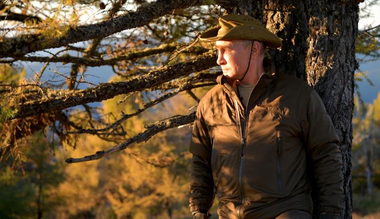 Путин отдохнул с Шойгу в сибирской тайге