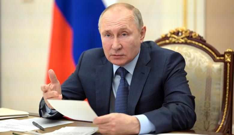 Президент РФ поручил разработать предложения по поддержке малого и среднего бизнеса