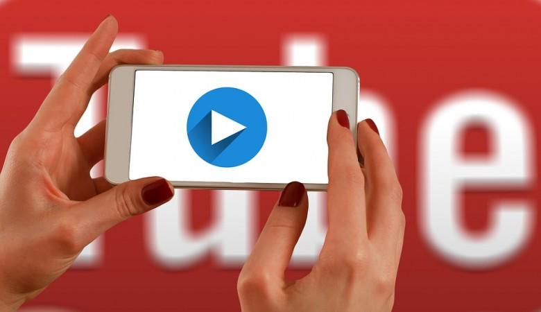 Роскомнадзор пригрозил замедлить трафик Facebook и YouTube