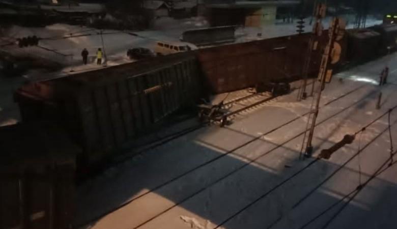 Три груженных вагона сошли с рельсов в Алтайском крае