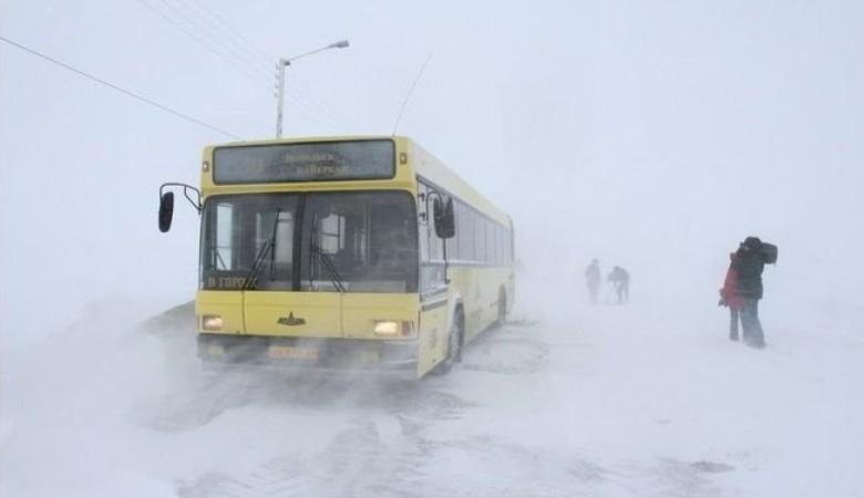 Движение по трассам Забайкалья, прерванное из-за снегопада, восстановлено