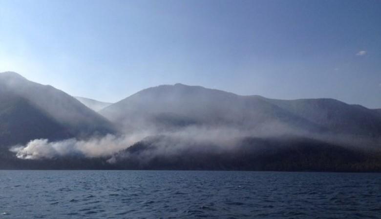 Для тушения леса на побережье Байкала призывают волонтеров