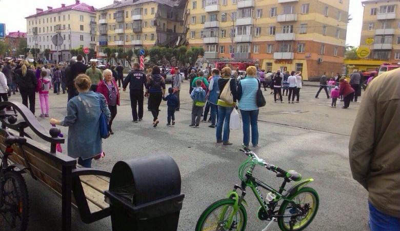 В Междуреченске обрушился подъезд жилого дома: один погиб, трое пострадали