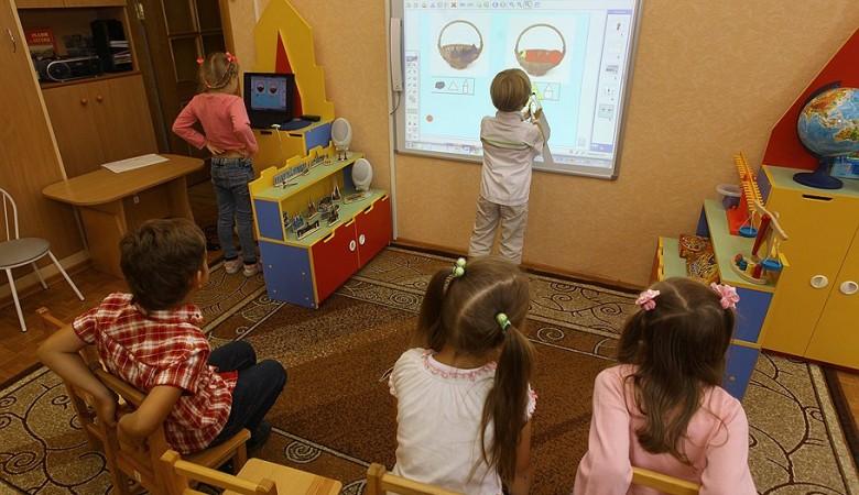 В детсадах Новосибирска будут обыскивать детей
