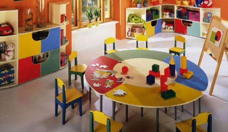 В Омской области в детском саду дети спали на полу и стульях