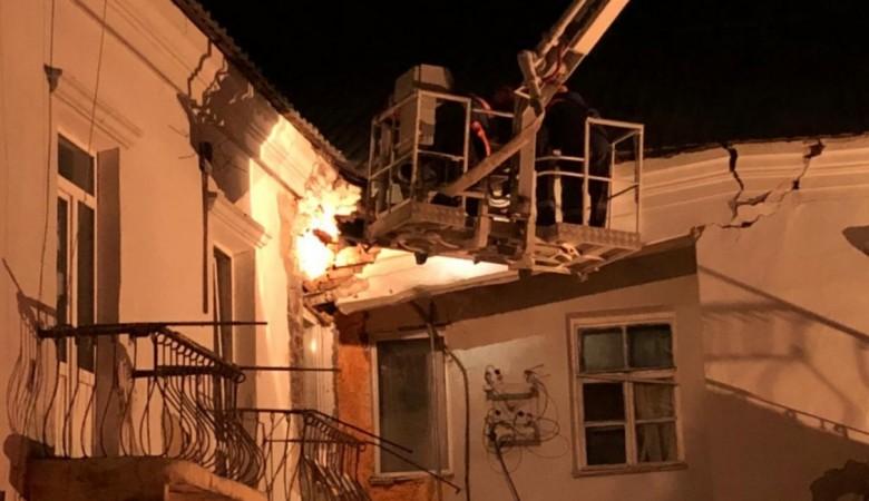 После обрушения стены дома СК завел уголовное дело в отношении чиновников мэрии Барнаула