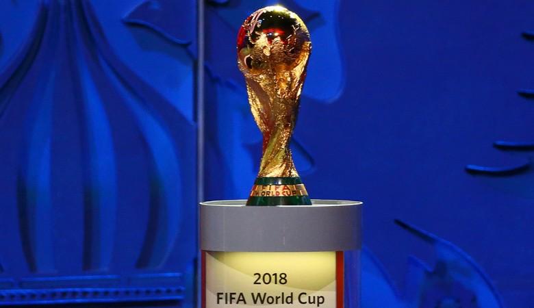 Кубок Чемпионата мира по футболу FIFA-2018 прибыл в Новосибирск