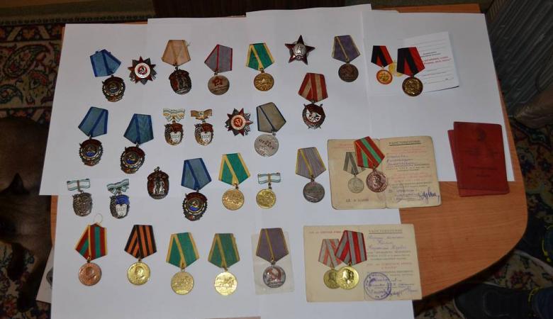 В Алтайском крае возбудили дело после попытки сбыта военных медалей