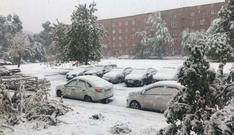 Кемеровчанам пообещали снег и в понедельник