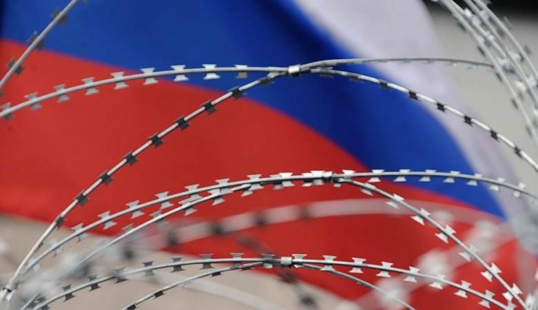 Почти половина россиян не ждут последствий от новых санкций США
