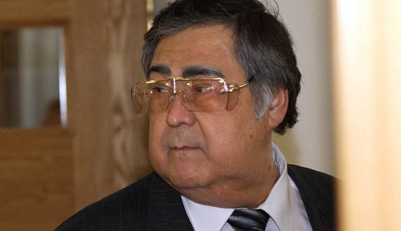 Тулеев возглавил штаб по расследованию обрушения в Междуреченске