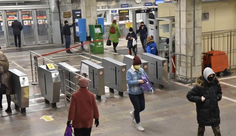 В Новосибирске пообещали резко не увеличивать тариф на поездку в метро