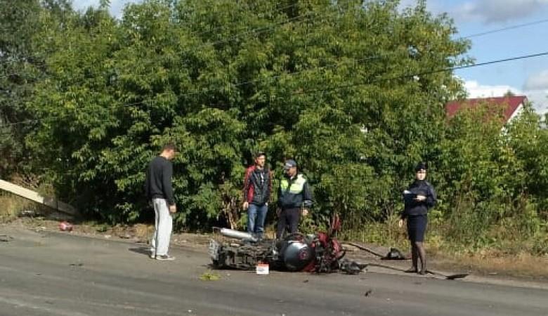 В Новосибирской области мотоциклист сбил насмерть женщину
