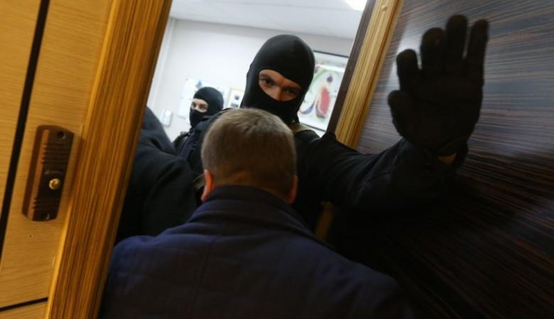 Суд признал незаконными обыски в квартире мэра Горно-Алтайска