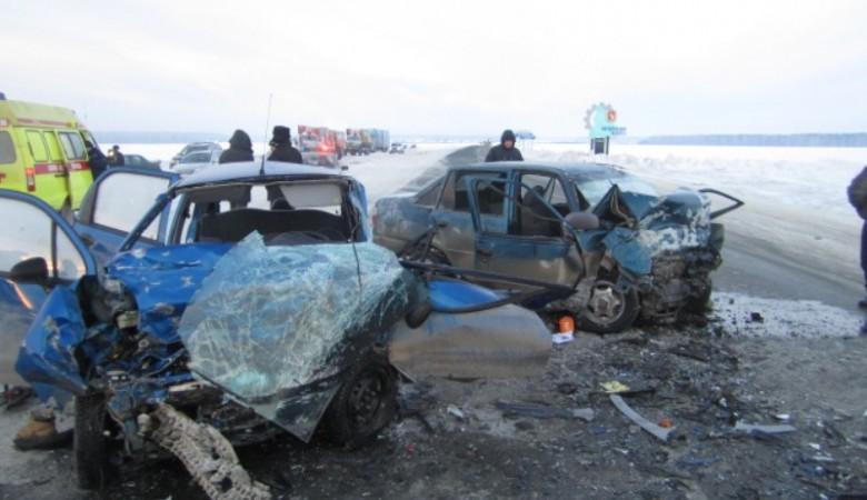 ДТП в Омской области: один погиб, пятеро госпитализированы
