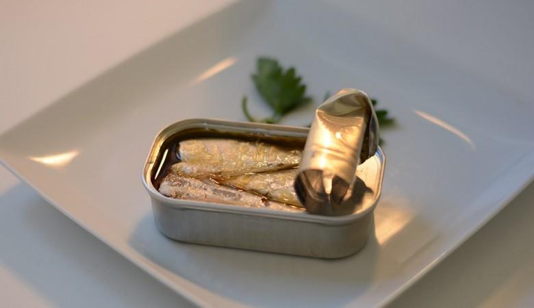В рыбных консервах алтайского производителя выявлена кишечная палочка