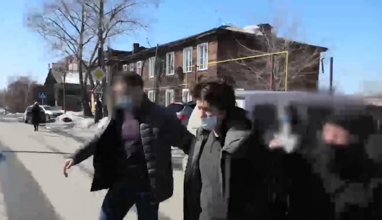 Планировавшего взорвать мечеть сторонника украинских националистов задержали в Барнауле