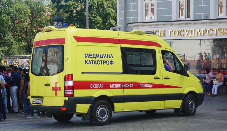 В Томске пьяный пациент напал на фельдшера прямо в «скорой»