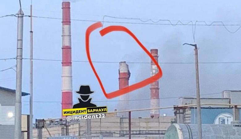 В квартирах барнаульцев может похолодать после обрушения части дымовой трубы на ТЭЦ-2